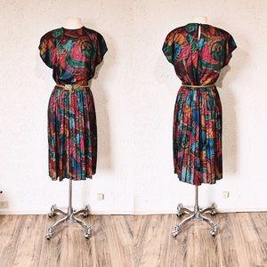Pleated Abstract Geo Print 80's Dress | Vintage